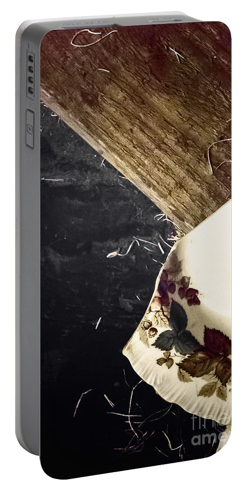 Plate Portable Battery Charger featuring the photograph Shard by Margie Hurwich