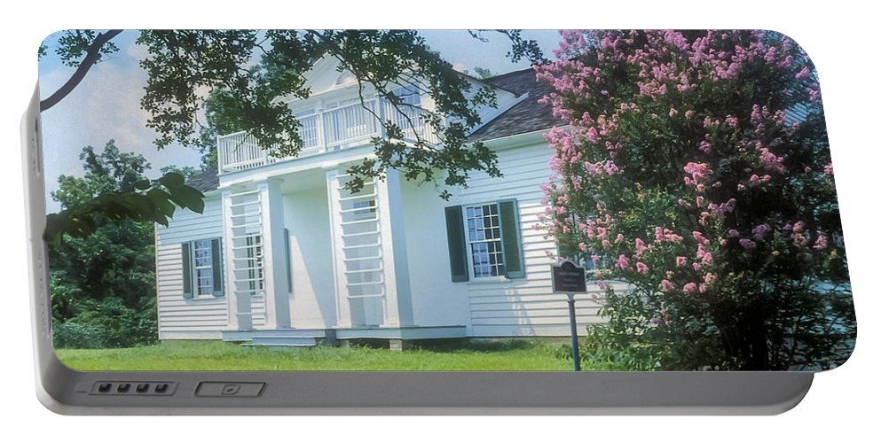 Shirley House Vicksburg Mississippi Tree Trees Bloom Blooms Spring Houses Home Homes Building Buildings Structure Structures Architecture Landscape Landscapes Landmark Landmarks Portable Battery Charger featuring the photograph Shirley House by Bob Phillips