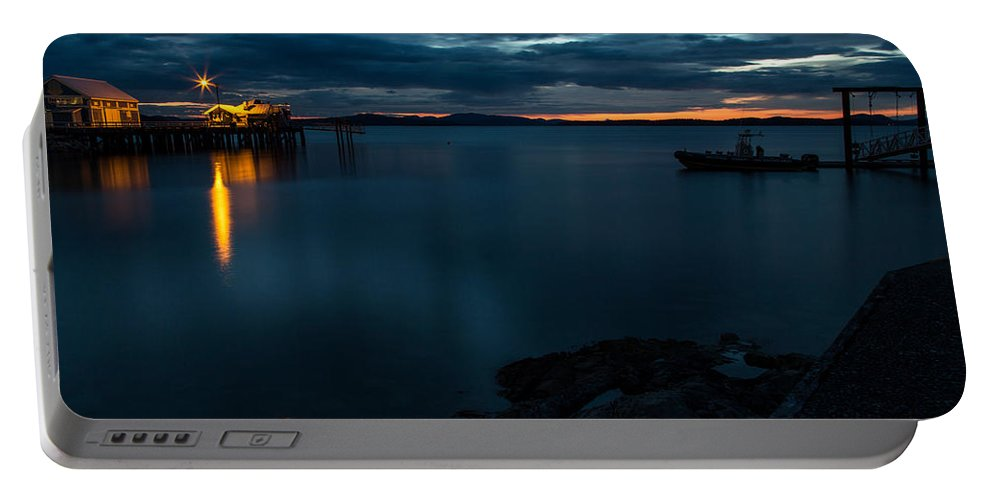 Sidney Portable Battery Charger featuring the photograph Sidney Sunrise by John Daly