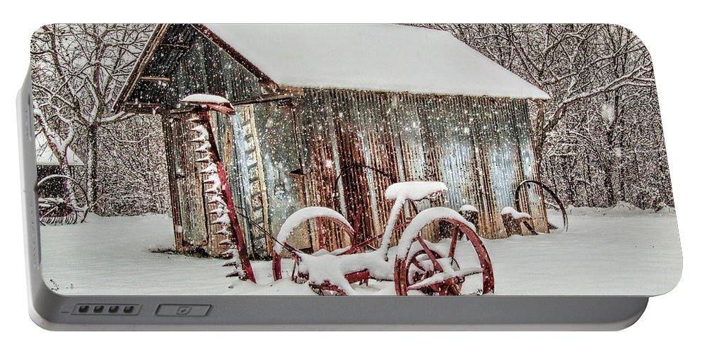 Barn Portable Battery Charger featuring the photograph Snowy Day by David and Carol Kelly