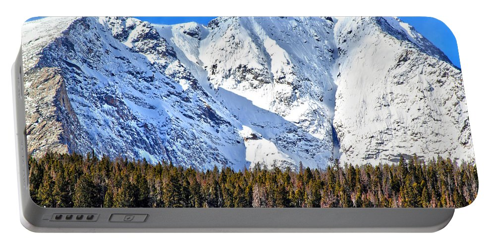 Mountains Portable Battery Charger featuring the photograph Snowy Ridge by Shane Bechler