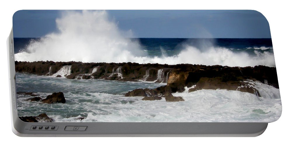 Hawaii Portable Battery Charger featuring the photograph Sounds Of Hawaii by Karen Wiles
