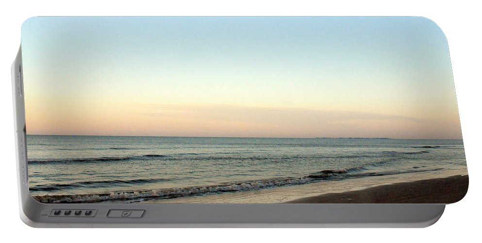 Horizontal Portable Battery Charger featuring the photograph Southern Sunrise by Kay Lovingood