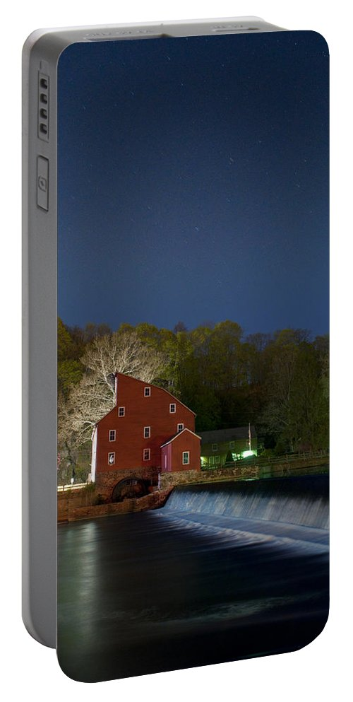 Water Portable Battery Charger featuring the photograph Star Speckled by Ryan Crane