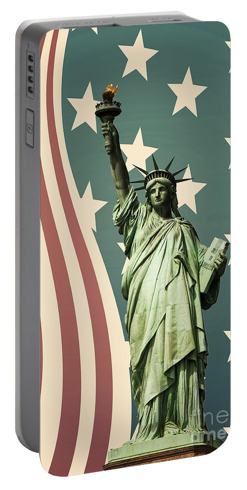 America Portable Battery Charger featuring the photograph Statue of Liberty by Juli Scalzi