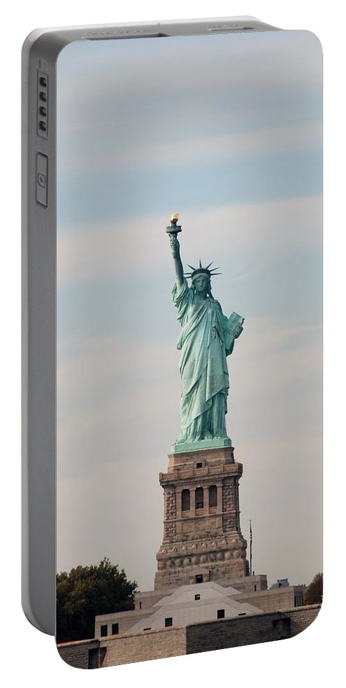 Sepia Portable Battery Charger featuring the photograph Statue Of Liberty by Rob Hans