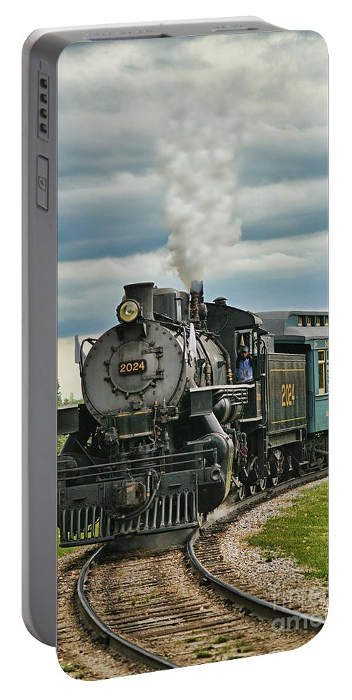 Trains Portable Battery Charger featuring the photograph Steam Trains Tr3629-13 by Randy Harris