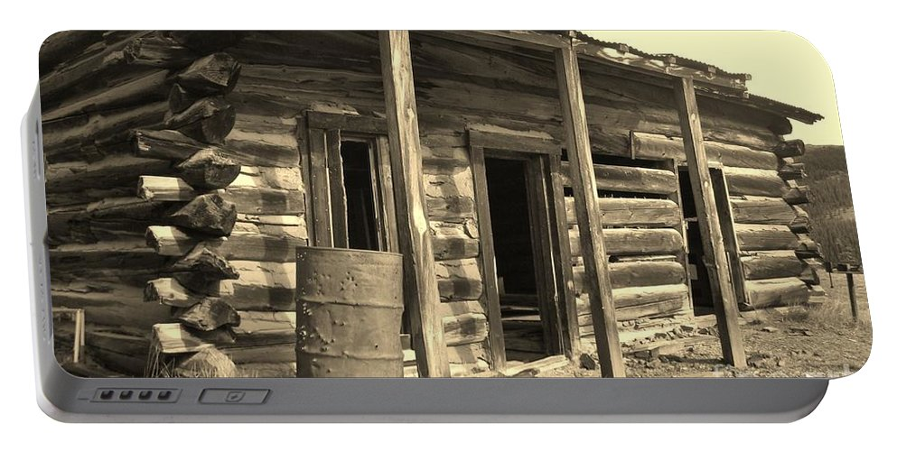 Cabins Portable Battery Charger featuring the photograph Still Standing by Tonya Hance