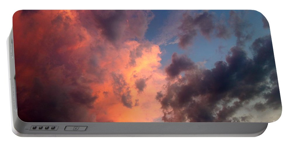 Sunset Portable Battery Charger featuring the photograph Sunday Sunset by Jacqueline Athmann