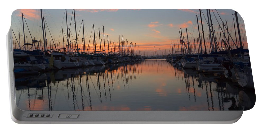 Marina Portable Battery Charger featuring the photograph Sundown Serenade by Heidi Smith