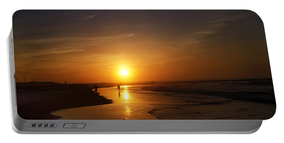 Sunrise Portable Battery Charger featuring the photograph Sunrise At Atlantic City by Bill Cannon