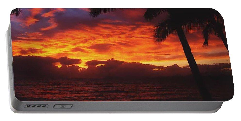 Sunrise In Queensland Portable Battery Charger featuring the photograph Sunrise In Queensland 2 by Ellen Henneke