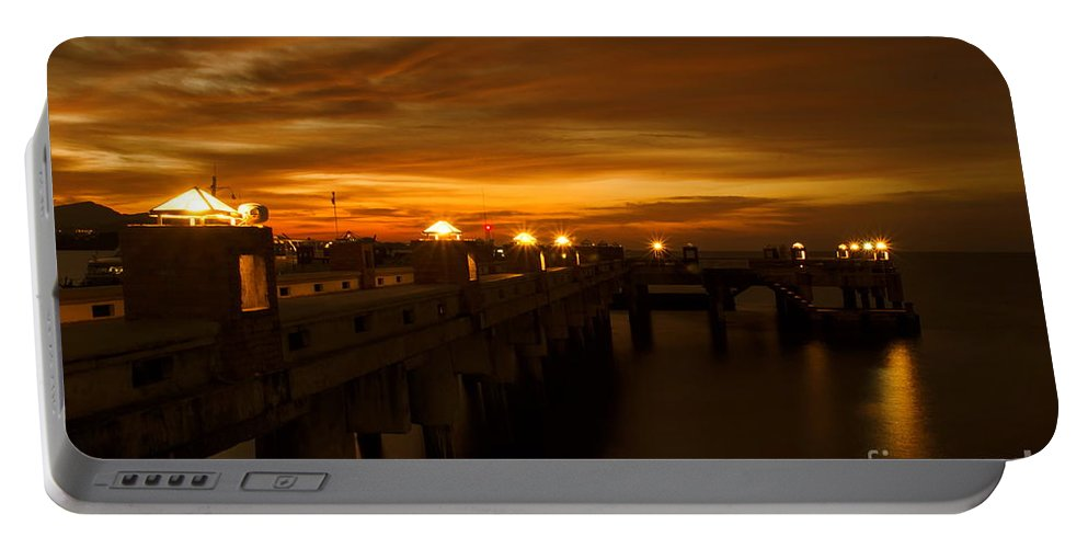 Michelle Meenawong Portable Battery Charger featuring the photograph Sunset At The Pier by Michelle Meenawong