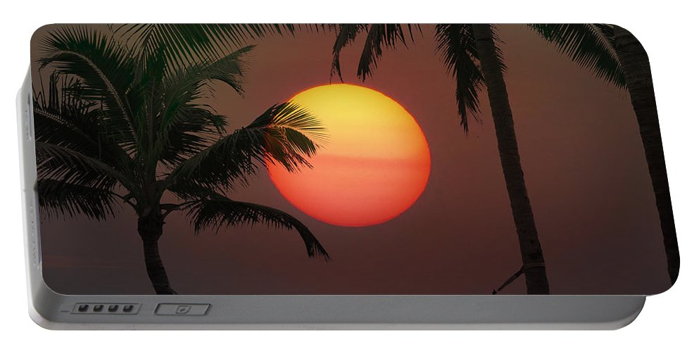 Sunset Portable Battery Charger featuring the photograph Sunset In The Keys by Bill Cannon