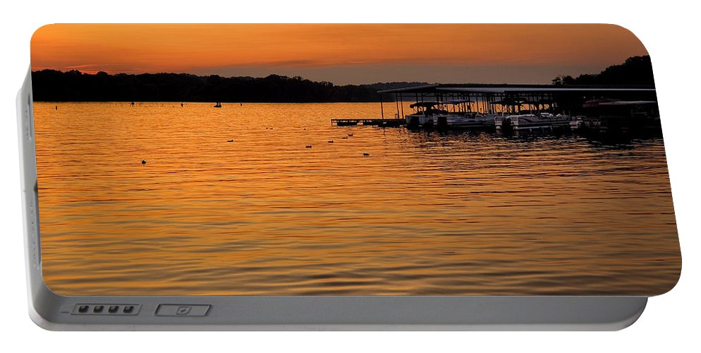 Tennessee Portable Battery Charger featuring the photograph Sunset Marina by Diana Powell