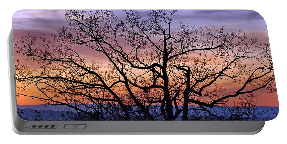 Shenandoah National Park Portable Battery Charger featuring the photograph Sunset On Tanners Ridge by Francie Davis
