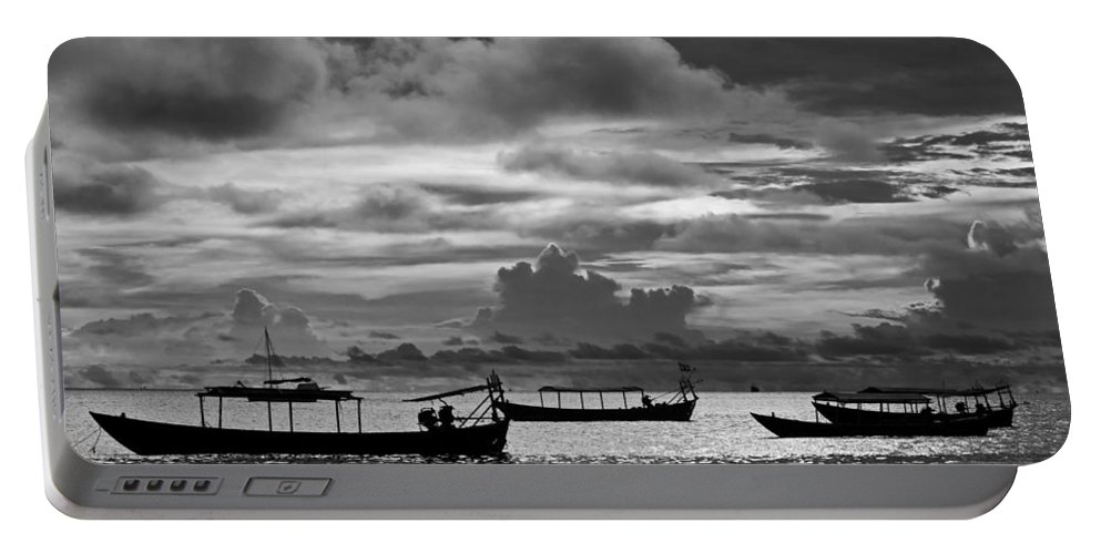 Sunset Portable Battery Charger featuring the photograph Sunset Over The Gulf Of Thailand Black And White by David Freuthal