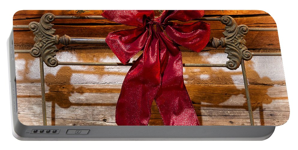 Wyoming Portable Battery Charger featuring the photograph Sweet Dreams Christmas by Elaine Haberland