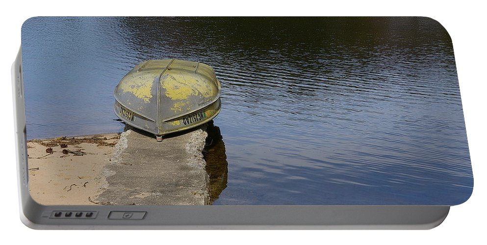 Fishing Portable Battery Charger featuring the photograph Taking A Break by Randy Pollard