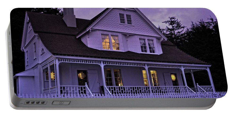 Heceta Portable Battery Charger featuring the photograph The Bed And Breakfast At Heceta by Image Takers Photography LLC - Laura Morgan