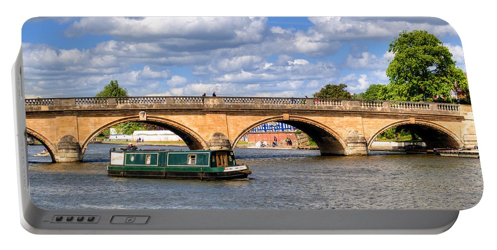 Henley Bridge Portable Battery Charger featuring the photograph The Bridge At Henley-on-thames by Chris Day