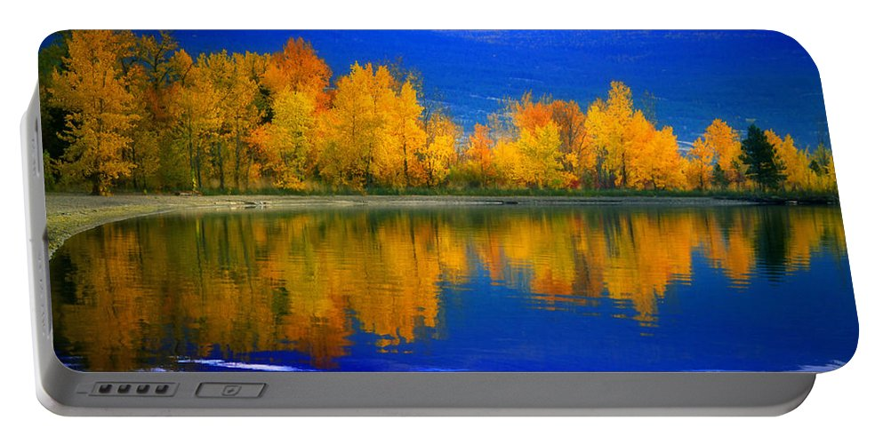 Okanagan Portable Battery Charger featuring the photograph The Change by Tara Turner