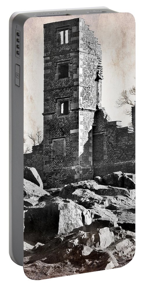Ruins Portable Battery Charger featuring the photograph The Empty Tower by Linsey Williams