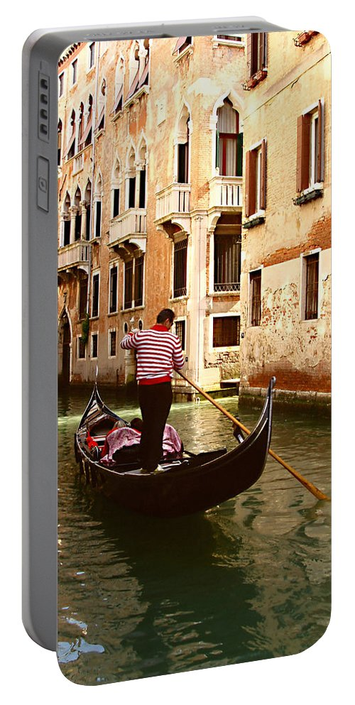 The Gondolier Portable Battery Charger featuring the photograph The Gondolier by Ellen Henneke