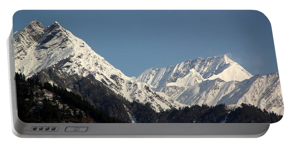 Great Himalayan Range Portable Battery Charger featuring the photograph The Great Himalayan Range by Ramabhadran Thirupattur