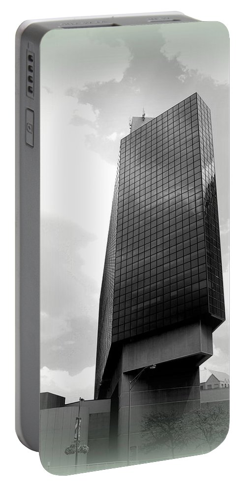 Hyatt Portable Battery Charger featuring the photograph The Hyatt Downtown Columbus by Scott Polley