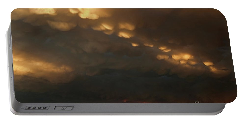 North America Portable Battery Charger featuring the photograph Thunderstorm And Rainbow Bryce Canyon National Park Utah by Dave Welling