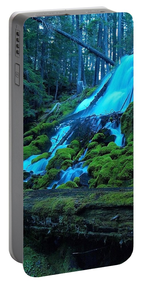Waterfall Portable Battery Charger featuring the photograph Top Part Of Clearwater Falls by Teri Schuster