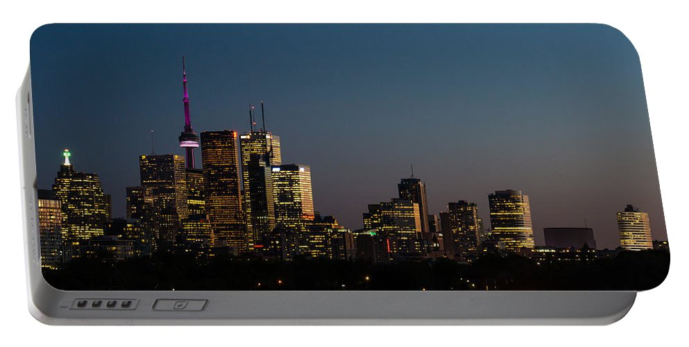 Toronto Portable Battery Charger featuring the photograph Toronto Skyline by Georgia Mizuleva
