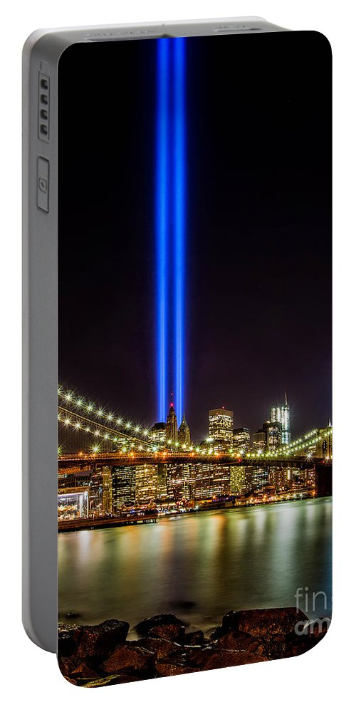 911 Portable Battery Charger featuring the photograph Tribute Lights From Brooklyn by Jerry Fornarotto
