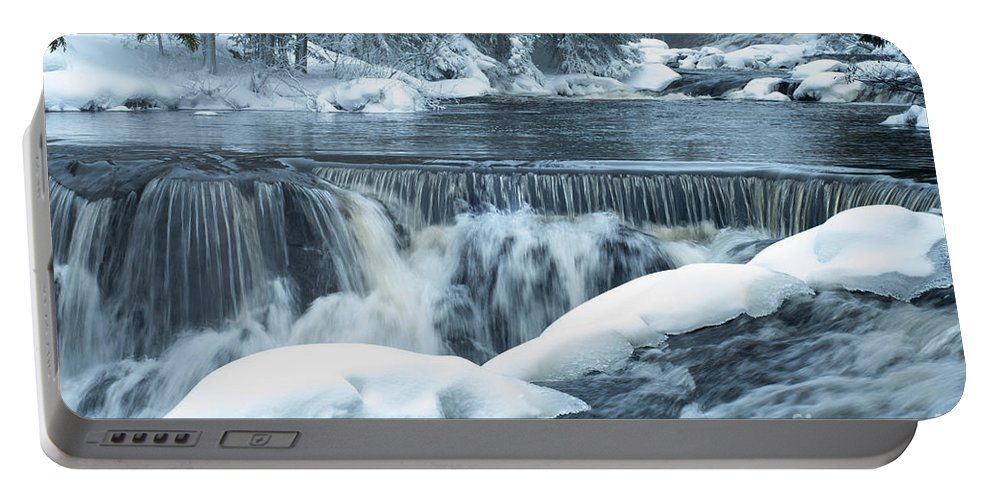 Waterfalls Portable Battery Charger featuring the photograph Upstream At Bond Falls by Optical Playground By MP Ray