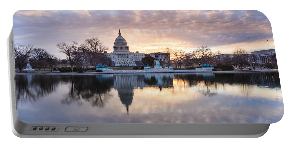 Us Capitol Building Portable Battery Charger featuring the photograph Washington Dc Us Capitol Building At Sunrise by Carol VanDyke