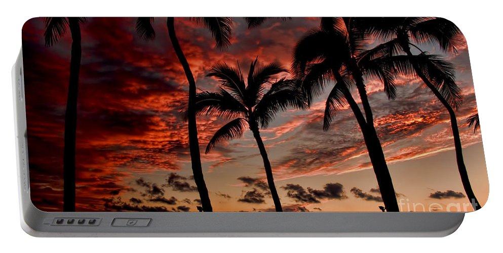 Waikiki Portable Battery Charger featuring the photograph Waikiki Sunset by David Smith