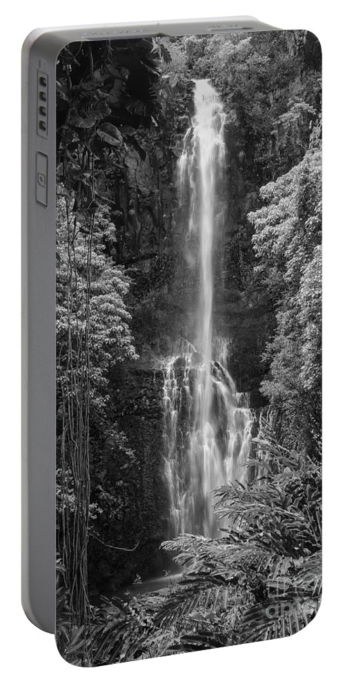 Wailua Falls Road To Hana Maui Hawaii Waterfall Waterfalls Water Landscape Landscapes Tree Trees Vine Vines Fern Ferns Nature Waterscape Waterscapes Black And White Portable Battery Charger featuring the photograph Wailua Falls 2 by Bob Phillips