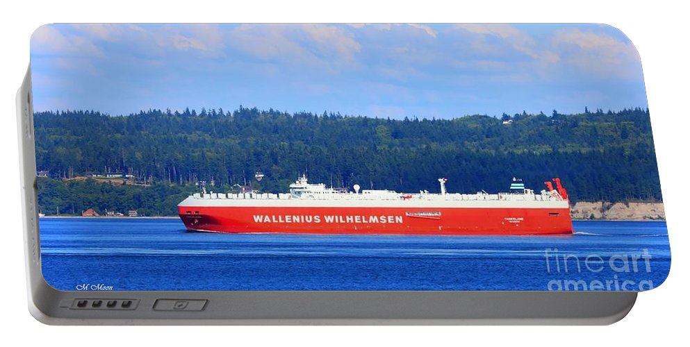 Ocean Portable Battery Charger featuring the photograph Wallenius Wilhelmsen Logistics Tamerlane Ship by Tap On Photo