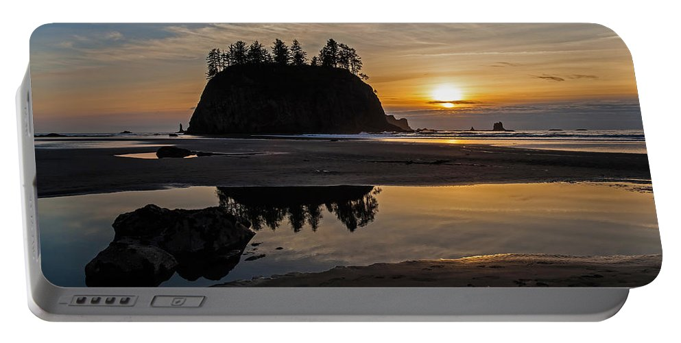 Pacific Portable Battery Charger featuring the photograph Washington Coast Tranquility by Mike Reid