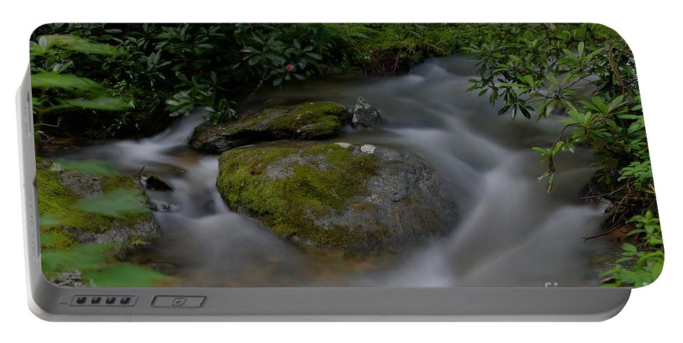 Rock Surrounded By Waterfalls In A Creek At Blue Ridge Parkway. Portable Battery Charger featuring the photograph Water Rock by Robert Loe