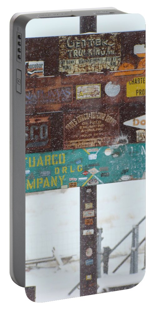Wyoming Portable Battery Charger featuring the photograph Welcome To Recluse by Cathy Anderson