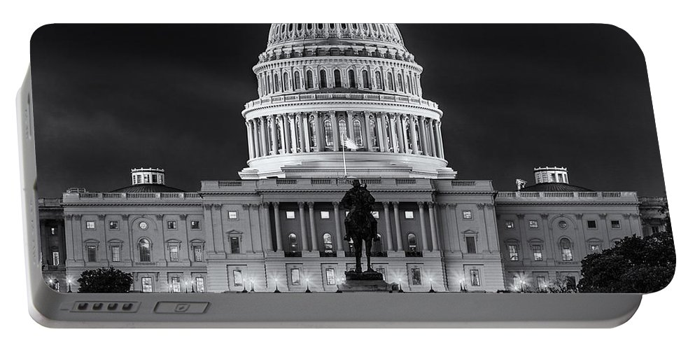 Architect Of The Capitol Portable Battery Charger featuring the photograph West Front Of The National Capitol Bw by Jerry Fornarotto