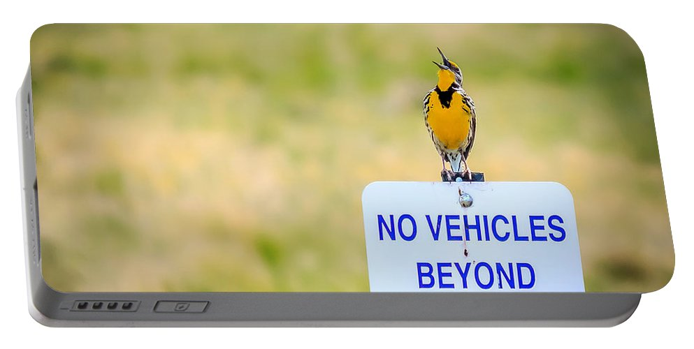 Western Meadowlark Portable Battery Charger featuring the photograph Western Meadowlark Singing by John Lee