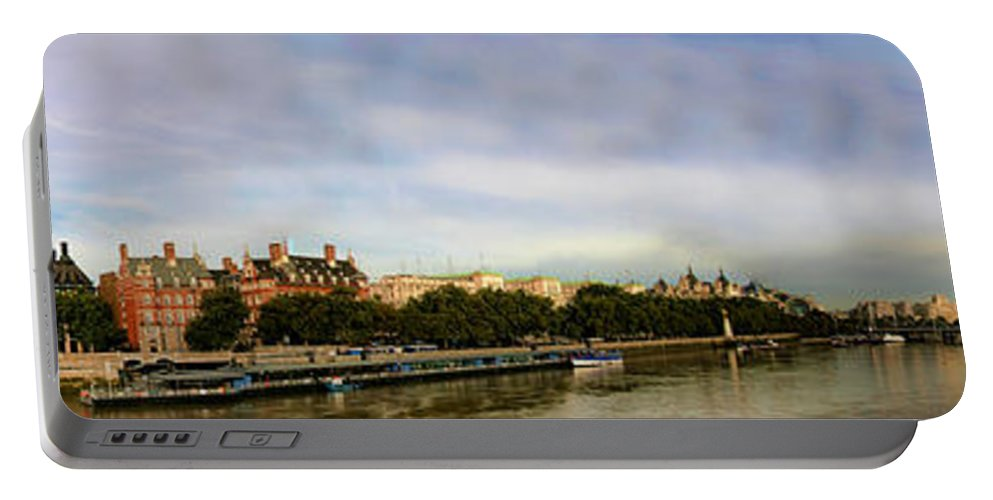 Scenic Portable Battery Charger featuring the photograph Westminster Panorama by David Smith