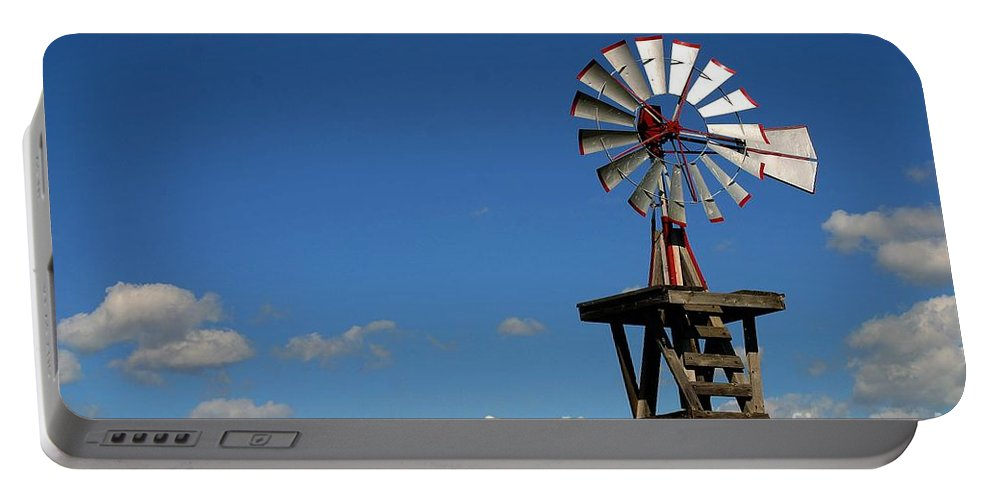 Windmill Photographs Portable Battery Charger featuring the photograph Windmill-5749b by Gary Gingrich Galleries
