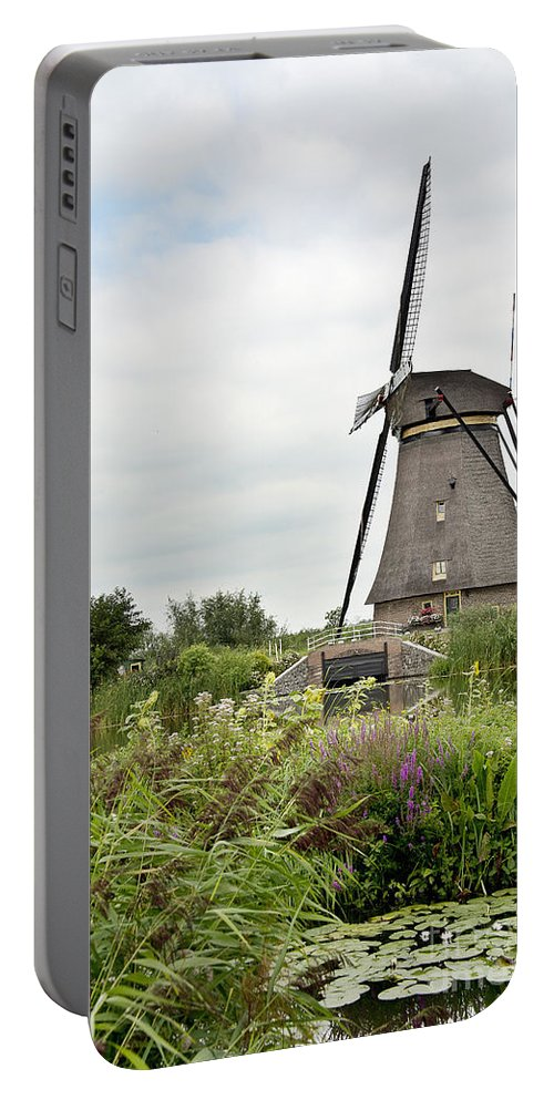 Amsterdam Portable Battery Charger featuring the photograph Windmill Of Kinderdijk by Ivy Ho