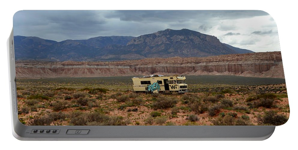Winnebago Portable Battery Charger featuring the photograph Winnebago In The Wilderness by David Lee Thompson