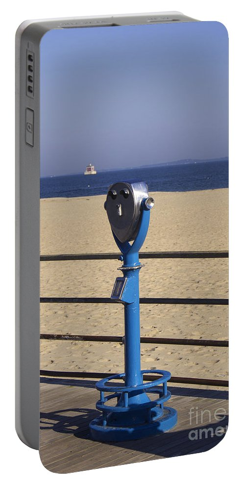 Ocean Portable Battery Charger featuring the photograph Worth It by Joe Geraci