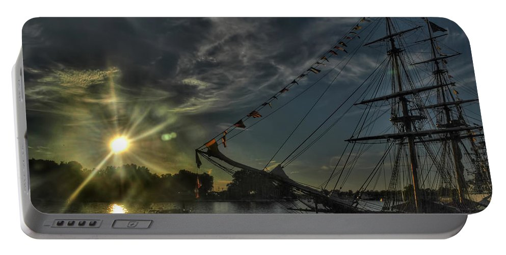Portable Battery Charger featuring the photograph 001 Uss Niagara 1813 Series by Michael Frank Jr